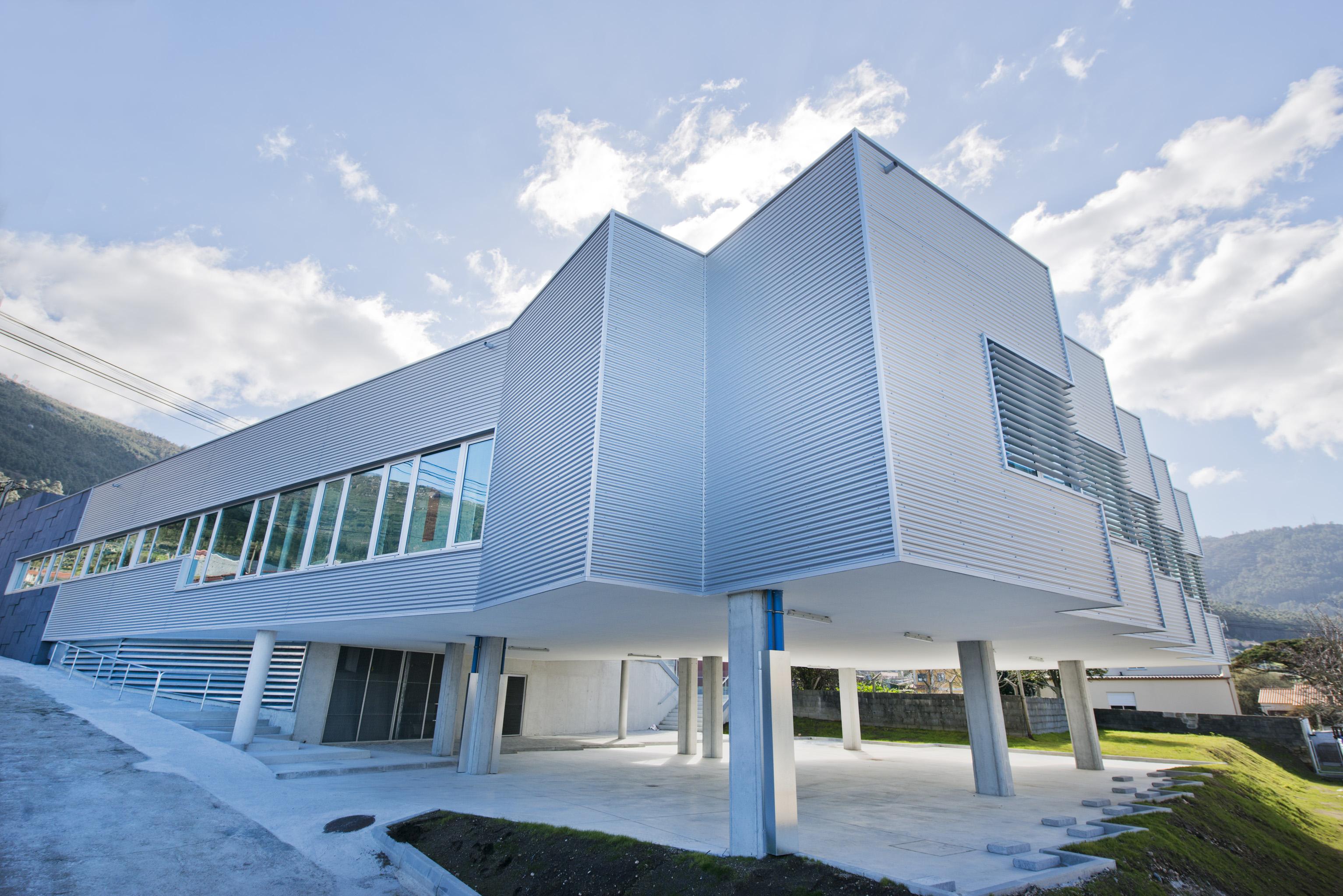 O novo centro de saúde de Oia inicia a súa actividade o vindeiro luns