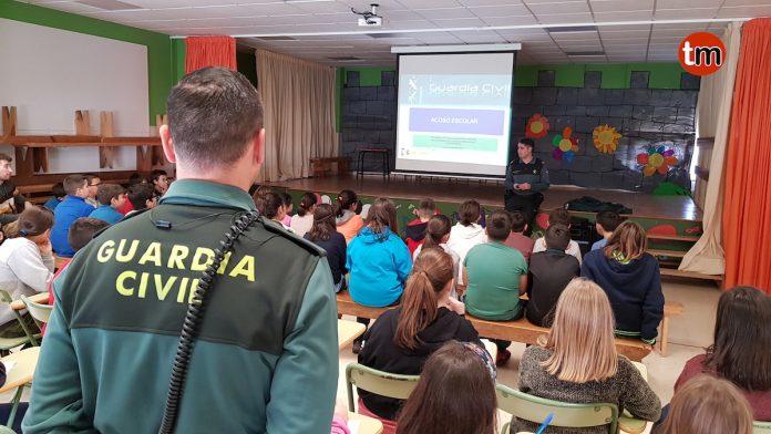 Charla sobre acoso escolar no CEIP Mestre Manuel Garcia