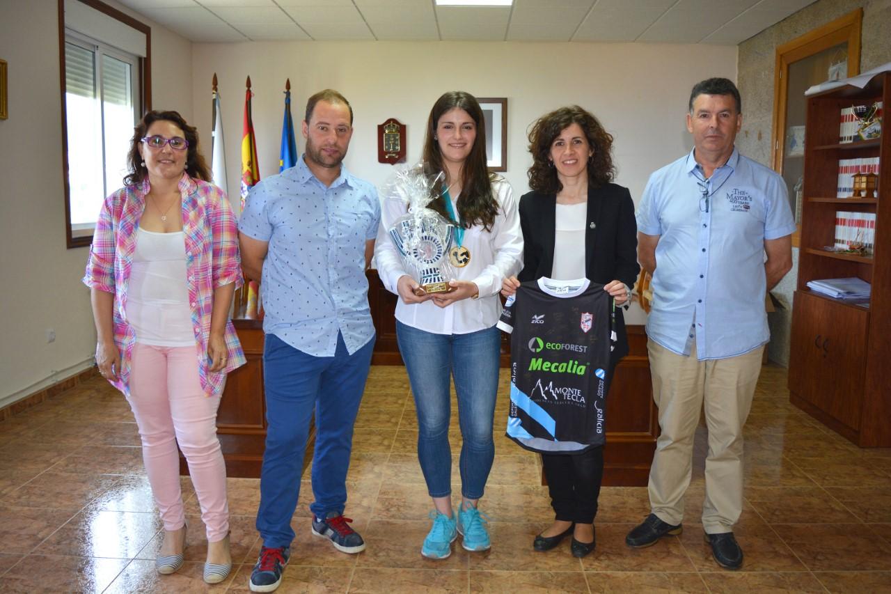 O Concello de Oia rinde un merecido recoñecemento a Marta Pombal Martínez polo seu primeiro título de Liga