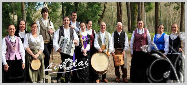 """Actuación do grupo de música tradicional """"LIROLAI"""""""