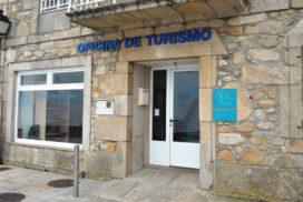 Máis de 3.000 persoas pasaron pola oficina de turismo de Oia neste verán