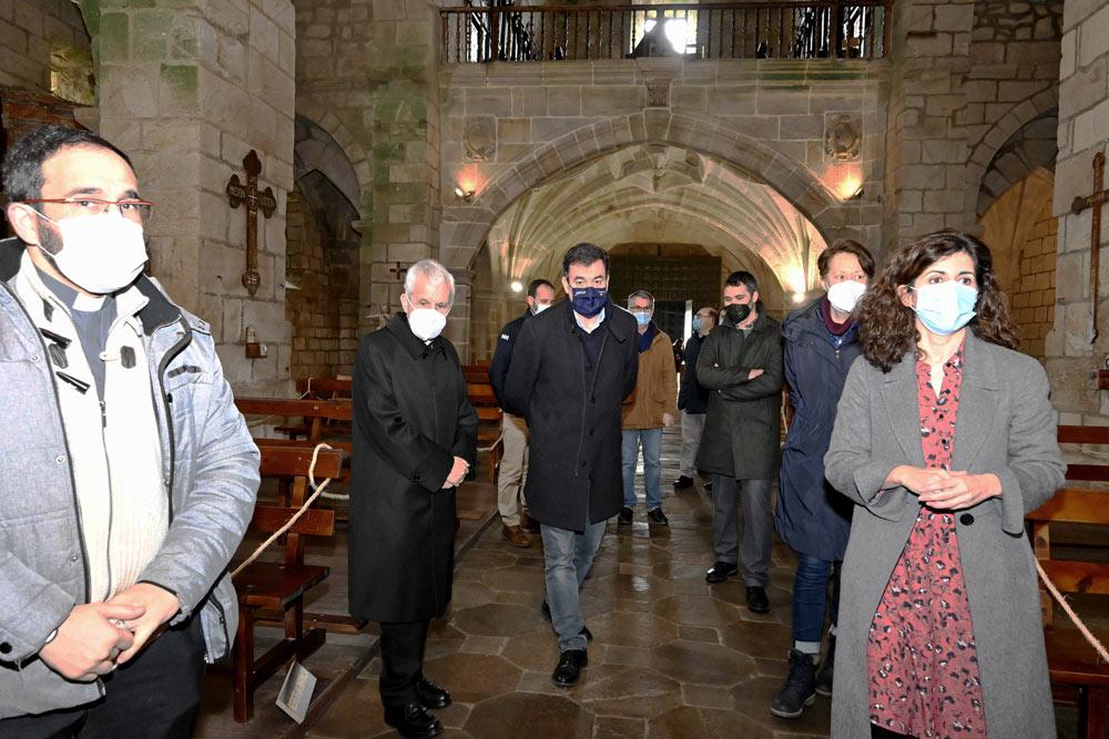A Xunta investirá 900.000 € no Mosteiro de Santa María de Oia para rehabilitar un dos maiores bens do Camiño Portugués da Costa
