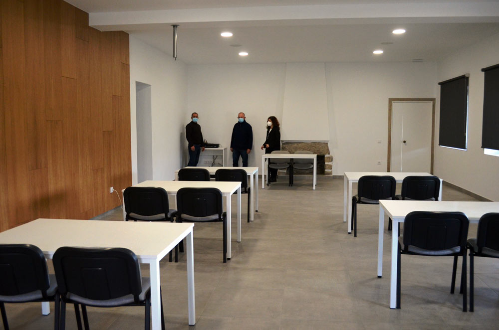 O Concello rehabilita as Escolas de Torroña para usos socioculturais